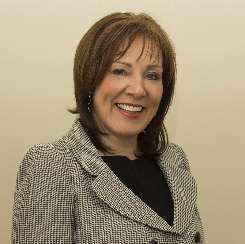 Lyn Easton